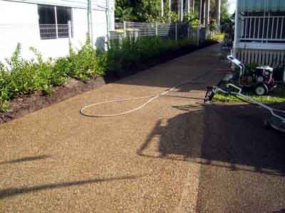 Driveway pressure cleaning BundabergHigh pressure driveway and concrete Cleaning in the Bundaberg area. Exterior House Cleaners Bundaberg. Home Design Ideas